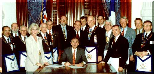 Texas Governor George Bush signing documents for local freemasons in the Texas Public Library - SO MOTE IT BE ...